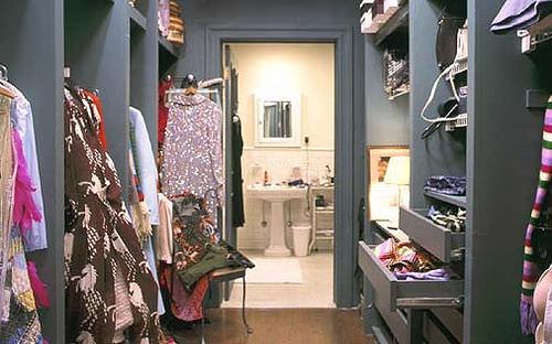 closet-carrie