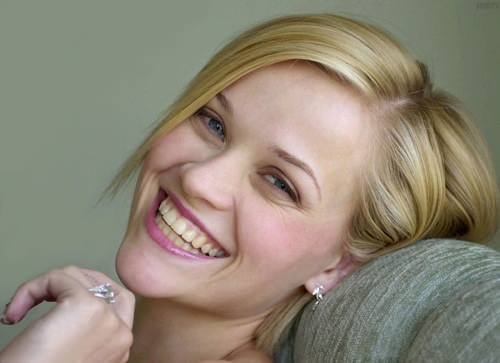 Reese-Witherspoon-123410
