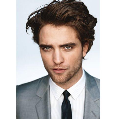 Robert-Pattinson-Gq-3129-3