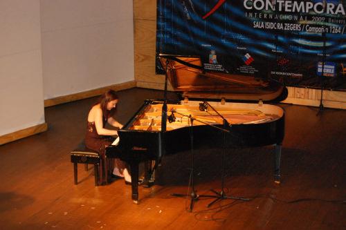 Pianista María Paz Santibáñez en show gratis 3