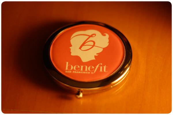 La marca de cosméticos Benefit llega a Chile  1