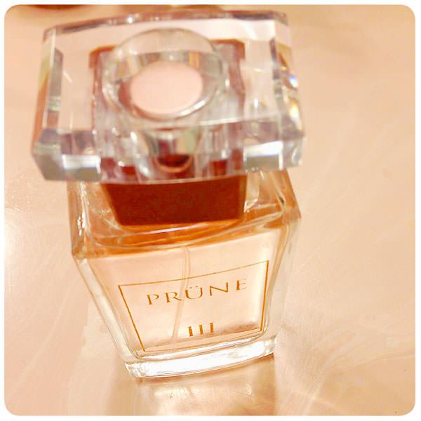 perfumePrune3