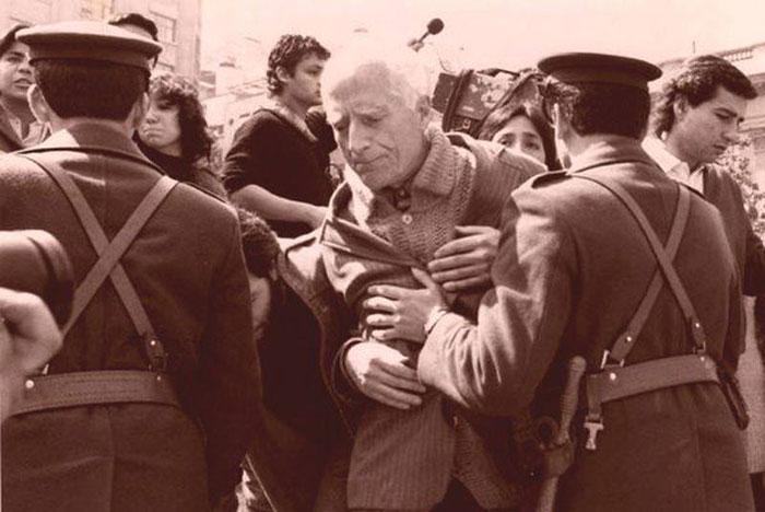 José Aldunate: El cura obrero nacido en cuna de oro cumple 100