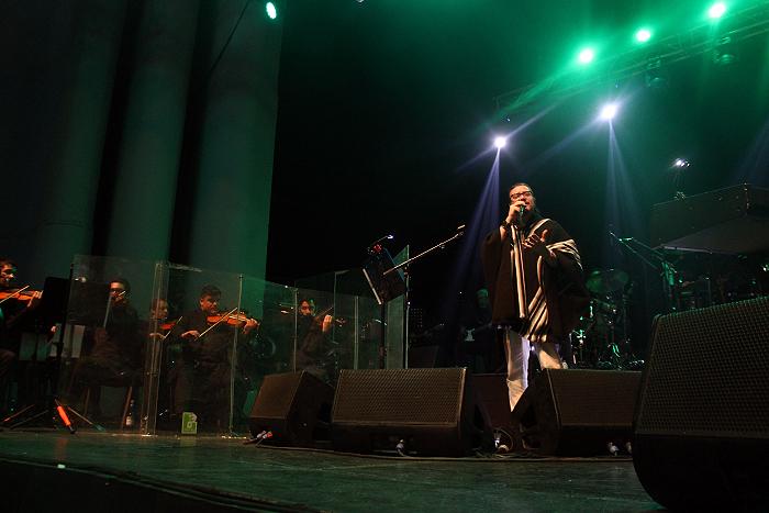Mike Patton y su incombustible Mondo Cane en el teatro Coliseo 1