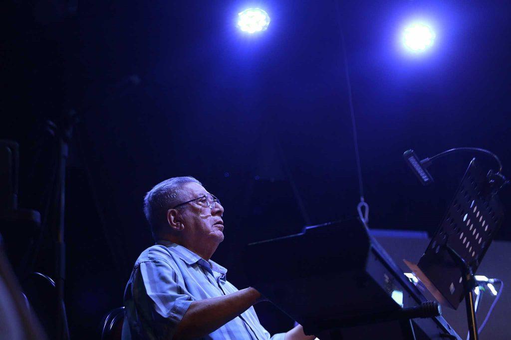"""Valentín Trujillo: """"Necesitaba tocar 'La Negra Ester'"""" 2"""