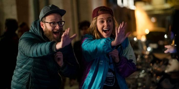 Ni en tus sueños (Long Shot), la comedia romántica de Charlize Theron y Seth Rogen 1