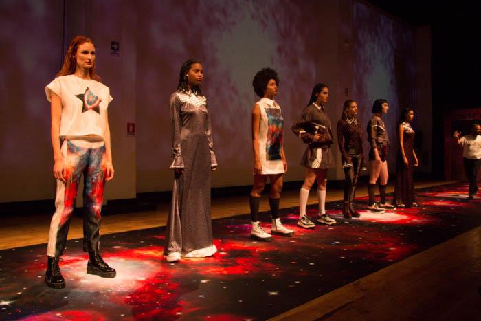 Pasarela Epson: Tecnología, moda y astronomía se unieron en el Desfile Cosmos 5