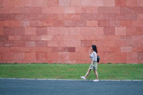 Cuántos pasos diarios se recomienda caminar