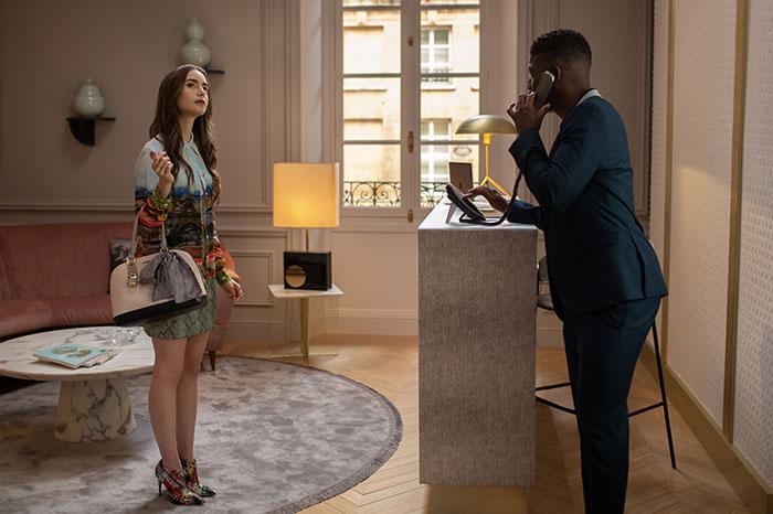 Emily in Paris, lo nuevo de Lily Collins en Netflix lleva el sello Darren Star 3