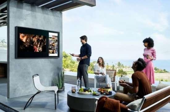 The Terrace: televisor samsung en el balcón