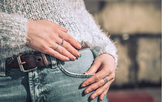 jeans y polera outfit