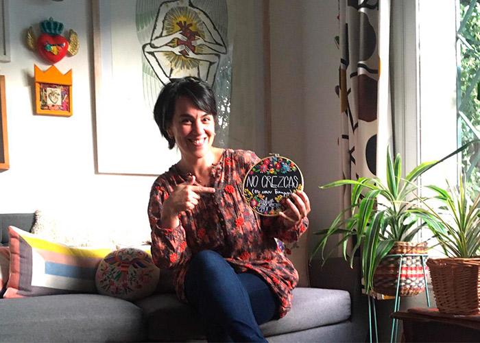 Coni Zuleta, emprendedora y bordadora