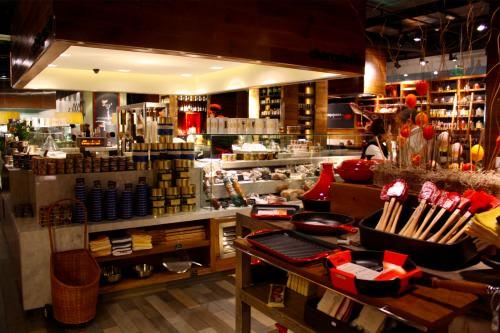 Coquinaria: restaurant + mercado gourmet 28