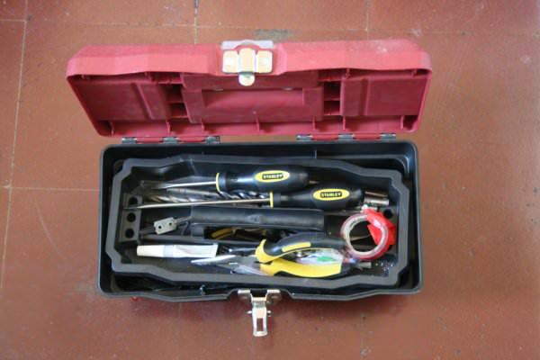 Mis herramientas b sicas para la casa zancada lo que for Casa para herramientas