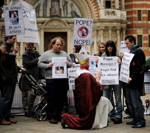 Iglesia católica: equivocarse una y otra vez 1
