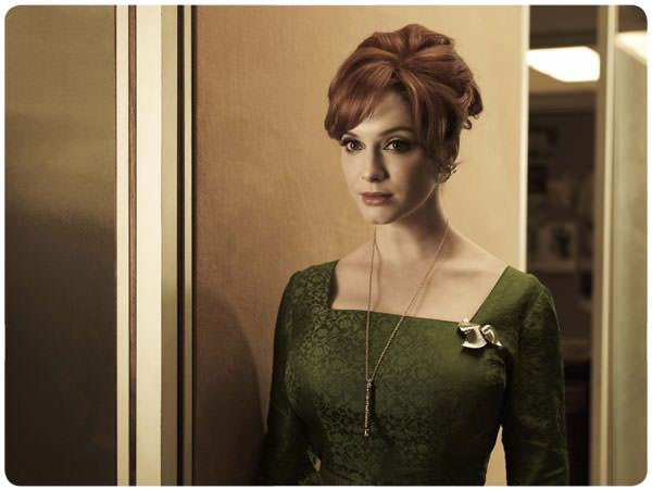 Joan Harris (Christina Hendricks): genia 3