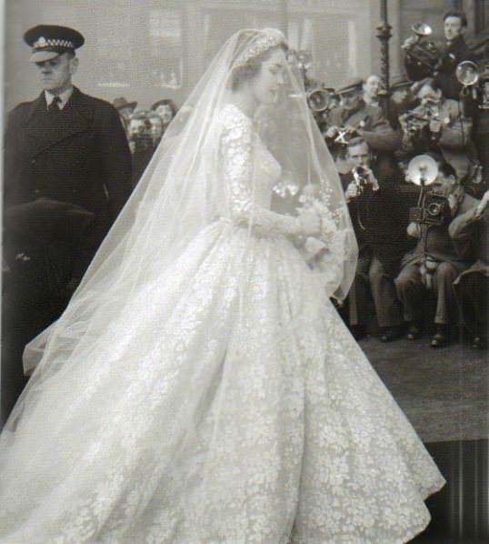Ideas e inspiración para el vestido de novia 34