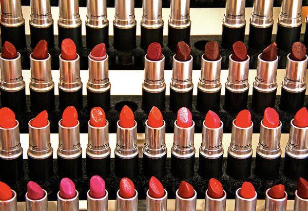 No sólo rojo para pintarse los labios 1
