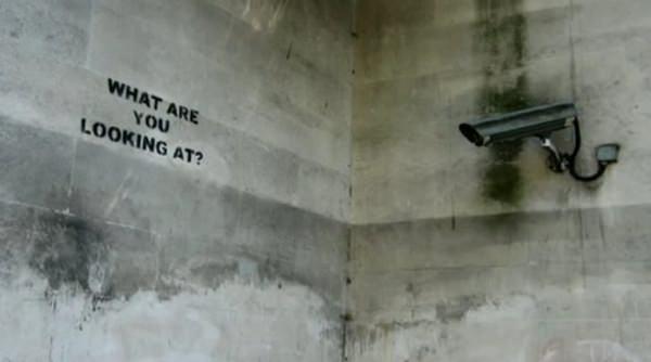 The Antics Roadshow, el activismo público según Banksy 3